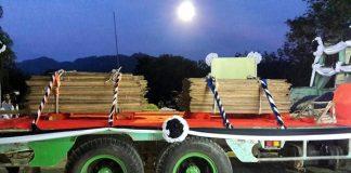 ป้ายทะเบียนรถ! ประชาชนแห่ซื้อเลขเด็ดพิธีส่งมอบไม้จันทน์หอม!