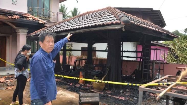 ไฟไหม้บ้านกำนัน! ชวนลูกบ้านซื้อลอตเตอรี่  เลขเด็ดเลขที่บ้าน